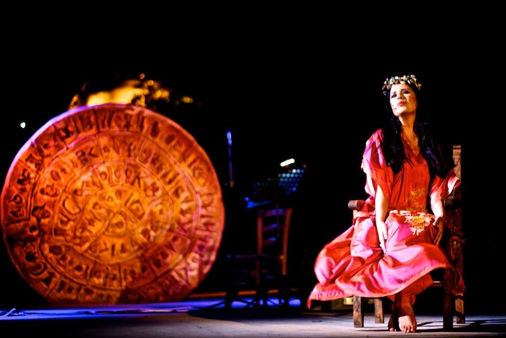 Μεγάλη επιτυχία της μουσικής- θεατρικής παράστασης με το Λουδοβίκο των Ανωγείων και τη Μαρία Τζομπανάκη